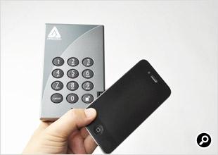 iPhone 4との大きさ比較