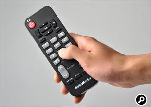 ボタンは大きく、適度なクリック感