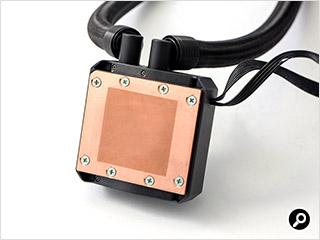 銅製のCPU接触部