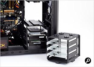 上段のケージを外すと、最長で420mmの拡張ボードが収まる