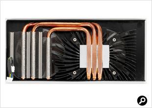 ヒートパイプが直接グラフィックスチップ(GPU)に触れる構造