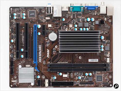 「C847MS-E33」は、microATXサイズで省電力CPUをオンボード搭載する珍しい製品