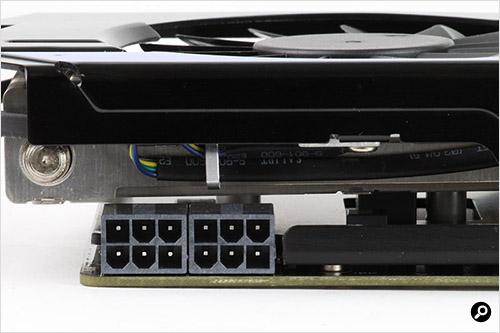 N670GTX Twin Frozr IV PE OC 補助電源端子