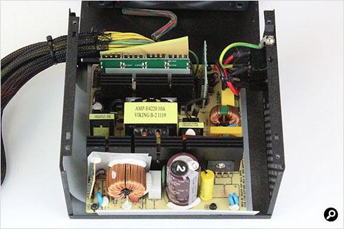 Rosewill CAPSTONE450W 電源内部