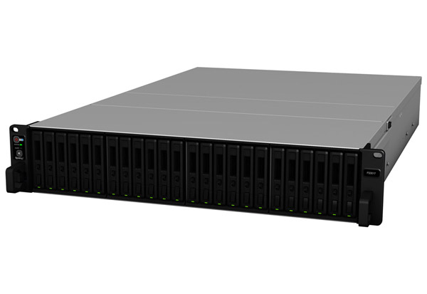 Synology FlashStation FS3017 製品画像