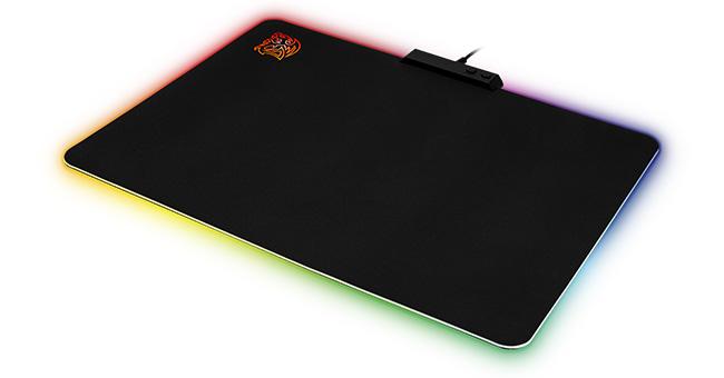 Tt eSPORTS DRACONEM RGB Cloth Edition 製品画像