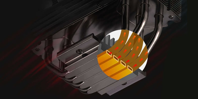 冷却効率を高めるヒートパイプを採用