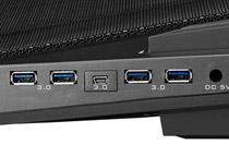 4ポートのUSB 3.0ハブを装備
