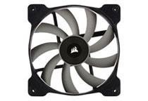 効率的な冷却を実現する140mm静圧ファンを2基搭載