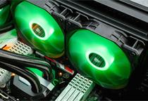 7色に光るLEDを搭載した120mm径ファン