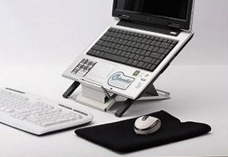 6段階に角度調整できるノートPC用スタンド