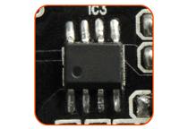 過電圧・過電流などの保護回路を搭載