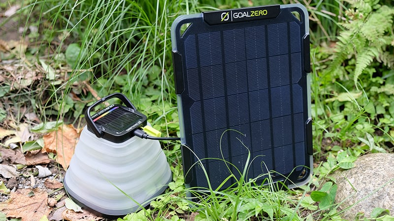 スマートフォンやUSB電源機器への充電に最適