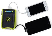 2.4A急速充電、2台同時充電に対応