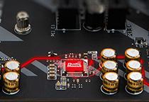 スタジオ品質のサウンドを提供する「Audio Boost」