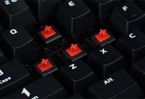 Cherry社製MXキースイッチ「赤軸」を採用