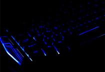 LEDバックライトを採用し暗闇でもしっかりタイピングが可能