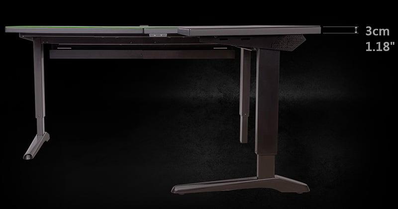 3cm厚天板、耐荷重150kgの高耐久設計