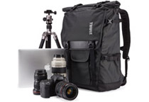 カメラ用の大容量バックパック