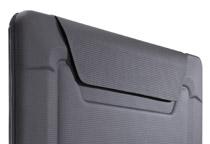 デバイスをしっかりと保護するEVA素材を採用