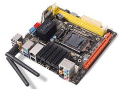 Intel® Z68 Expressチップセット搭載